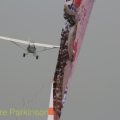 Air_Displays_Global_Stars_China_Dropping_Banner