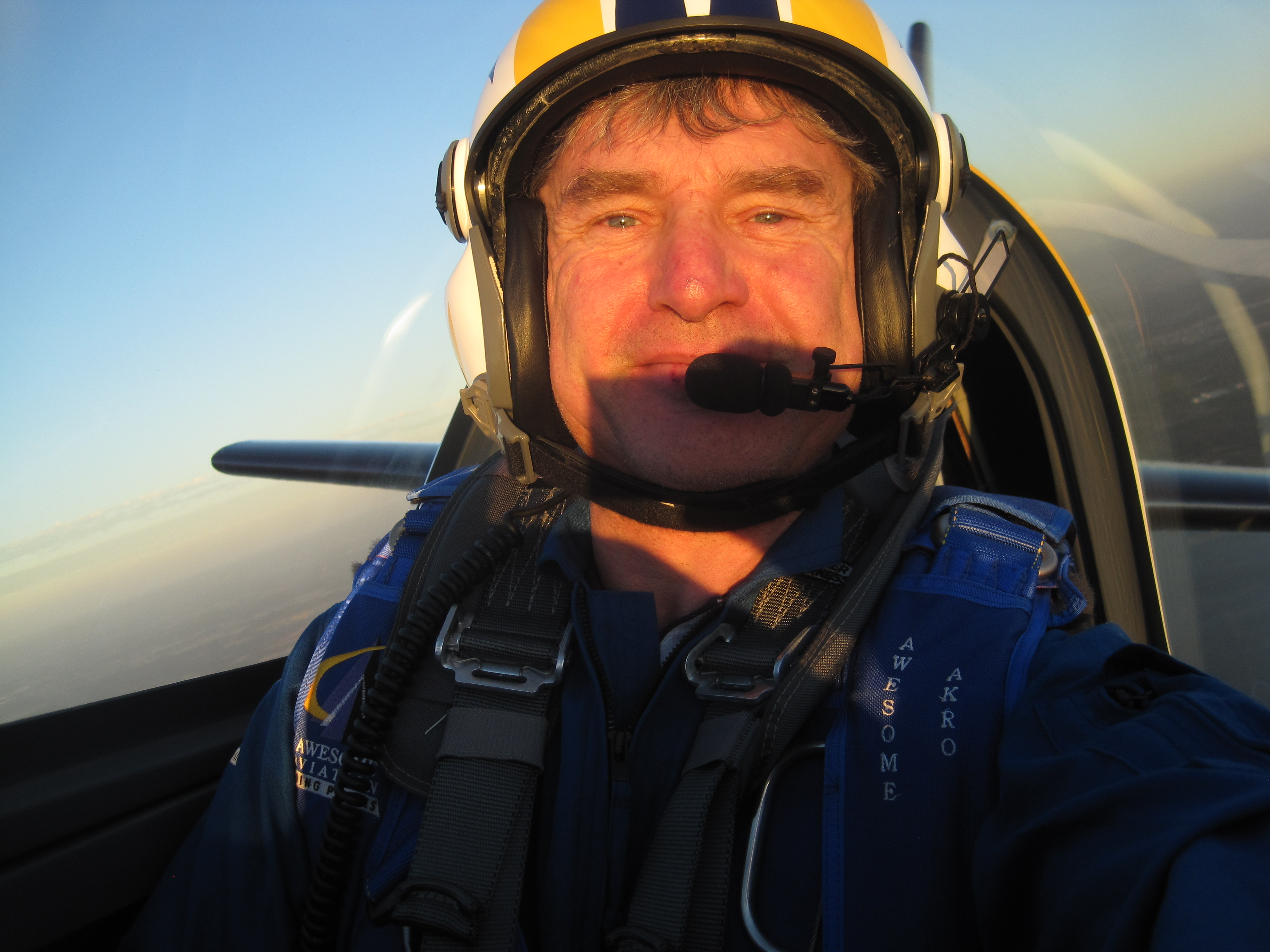 | international air show pilots mark jefferies flies at avalon 2013